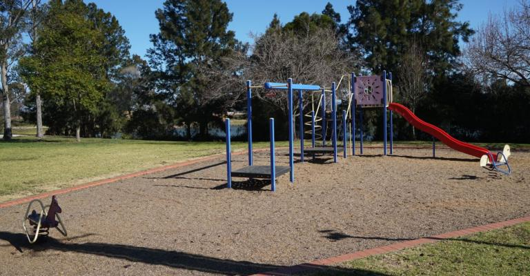 Swan Court Playground, Harrington Park